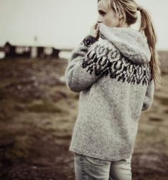 Iceland-Norwegian pullover by Rebekka - Knitting Icelandic Sweaters, Cozy Sweaters, Chunky Sweaters, Pull Jacquard, Mode Jeans, Vest Pattern, Fair Isle Knitting, Hooded Sweater, Big Sweater