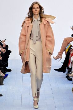 Chloé Fall 2012 Ready-to-Wear Fashion Show - Suvi Koponen (Next)
