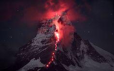 Ces alpinistes de l'extrême réalisent des clichés somptueux de leur ascension du mont Cervin   SooCurious