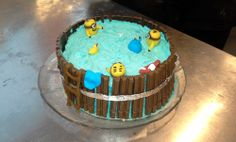 Itse Ilkimys-kakku -