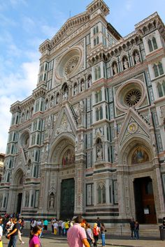 The magnificent front of the Florence Duomo #Florence #Firenze #Duomo #Madeoftuscany www.madeoftuscany.it
