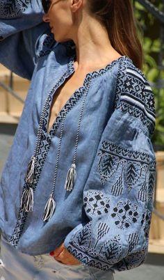 Denim vita kin style vyshyvanka linen Blouse black white… - Luxe Fashion New Trends - Fashion Ideas Denim Fashion, Boho Fashion, Fashion Outfits, Womens Fashion, Fashion Trends, Trending Fashion, Boho Chic, Bohemian Style, Vetement Hippie Chic
