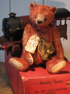 Tattered Teddy...Hornby by The Old Post Office Bears.