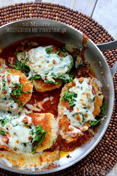 20 Minute Skillet Chicken and Spinach Parmesan!  I make a similar dish all of the time.. but never thought to put spinach!  Delicious!