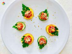 Pastas: Ravioles de pepino y remolacha dorada rellenos de queso crema, en clase 6 http://www.conscienciaviva.com/ #alimentacionconsciente #veganismo
