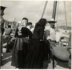 """Dones de Formentera al port d'Eivissa"", any 1932 - Foto: Reynaldo Luza (1893-1978)"