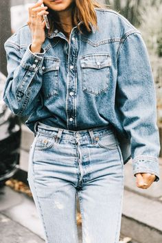 This is the only way we're wearing denim shirt outfits right now. Inspiration ahead.
