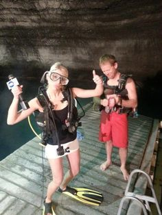 8) Scuba Diving at the Homestead Crater, Midway