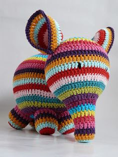 olifantje  http://jammadestudio.blogspot.nl/2013/02/crochet_15.html