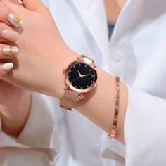 New Fashion Starry Sky Analog Women Quartz Watches Rhinestones Metal Alloy Band Magnet Buckle Wristwatch relogio feminino Sky Watch, Rose Gold Watches, Quartz Watches, New Fashion, Womens Fashion, Style Fashion, Beautiful Watches, Unique Watches, Modern Watches