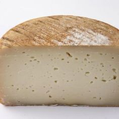 Foods that speed up the Alimenti che accelerano il metabolismo Fromage Cheese, Italian Cheese, Milk And Cheese, Lactation Recipes, 1200 Calories, Frozen Meals, Goat Milk, Biscotti, Italian Recipes