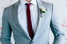 Find the right suit color for your look with our simple guide to men's wedding suits, complete with tips and inspiration for choosing wedding suits for men. Celebrity Wedding Photos, Celebrity Weddings, Wedding Men, Wedding Suits, Burgundy Dress, Pink Dress, Black Tux, Groom Outfit, Mens Suits