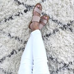 Womens spring shoes | sandals | slides | flats | summer style | spring style