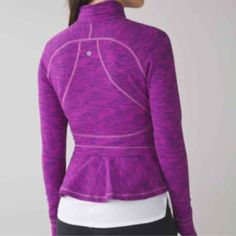 Lululemon Hustle Your Bustle 12 New with tags. Size 12. $98 on♏️erc. No trades.  I'm selling a bunch of my lulu and Nike, so check out the other items in my closet! I will be periodically be adding new items! lululemon athletica Jackets & Coats Blazers