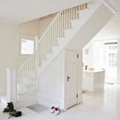 Easy Wood Stair Railing Repair And Install. Dream House For Trish Dreaming Of A Staircase. Open Stairs, Under Stairs, Entry Stairs, Modern Family House, Home And Family, New England Homes, New Homes, White Staircase, White Banister
