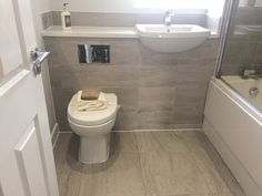 Idea, tricks, furthermore overview in pursuance of receiving the most ideal end result and also ensuring the maximum usage of Dream Bathrooms Best Bathroom Vanities, Bathroom Makeover, Bathroom Layout, Shower Room, Tiny Bathrooms, Bathroom Renovations, Compact Bathroom Design, Toilet Design, Luxury Bathroom
