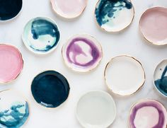 Oh my goodness when I saw these ceramics my heart exploded. So pretty. They are by fellow southerner Lindsay Emery at Suite One Studio and I'm in love. This tab