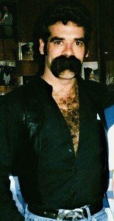I could shoot spunk on his mustache Scruffy Men, Hairy Men, Bearded Men, Hairy Hunks, Walrus Mustache, Beard No Mustache, Great Beards, Awesome Beards, Hairy Chest