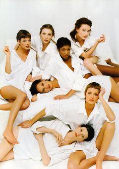 Linda, Nadja, Naomi, Shalom, Christy, Amber & Kristen.