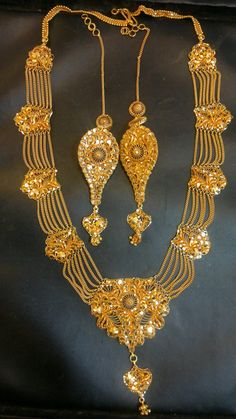 Buy Gold Jewelry Near Me Product Gold Earrings Designs, Gold Jewellery Design, Necklace Designs, Dubai Gold Jewelry, Fancy Jewellery, Boutiques, Gold Jewelry Simple, Schmuck Design, Bridal Jewelry