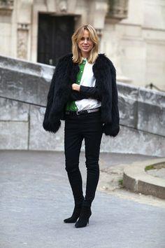 #ElinKling having a fab fur moment. Paris.