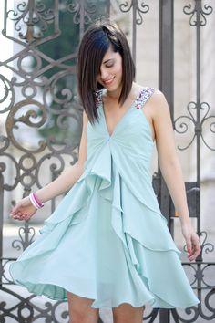 Angel dress & Montecarlo night out! #pursesandi #outfit #lauracomolli #fashion #edressy #style #fashionblogger #azure #elegant #prom #nightout #ootn www.pursesandi.net