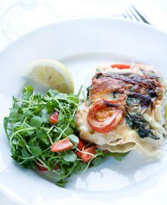 Lakselasagne med rejer og spinat Dejlig og sund lasagne fra Familie Journals slankeklub