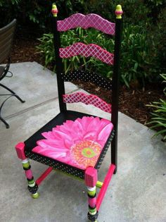 When I see things like this Hand Painted Gerbera Daisy Chair I think, This needs to be a teacher's chair is part of Painted furniture - Art Furniture, Funky Furniture, Refurbished Furniture, Repurposed Furniture, Furniture Projects, Furniture Makeover, Furniture Outlet, Furniture Chairs, Furniture Stores