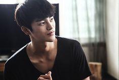 Seo In-guk (서인국)