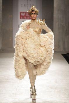 Taminiau & Varma  http://brankopopovic.blogspot.nl/2012/10/dutch-fashion-designers-on-catwalk-in.html
