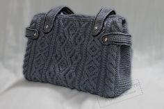 МК вязаная сумка спицами