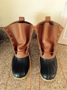 How to tie your new L. Sock Shoes, Shoe Boots, Preppy Essentials, Ll Bean Boots, Fashion Beauty, Mens Fashion, Duck Boots, Junior Outfits, Me Too Shoes