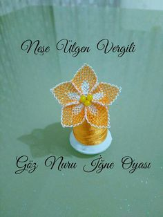 This Pin was discovered by emi Bead Crochet, Crochet Earrings, Needle Lace, Lace Making, Lace Flowers, Needlework, Knots, Diy And Crafts, How To Make