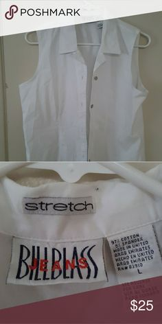 Women's Blouse Size Large Bill Blass Stretch This is a nice blouse in excellent condition. Bill Blass Tops Blouses