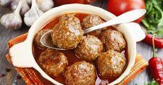 Servez-les comme repas principal, elles sont vraiment goûteuses Meatball Recipes, Meat Recipes, Slow Cooker Recipes, Crockpot Recipes, Cooking Recipes, One Pot Dishes, Beef Dishes, I Love Food, Gourmet