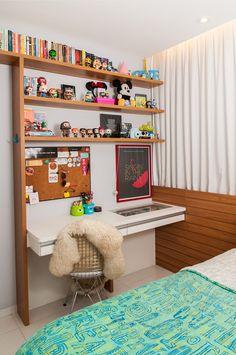 33 Ideas home art studio diy desks Studio Room Design, Music Studio Room, Art Studio At Home, Study Room Decor, Bedroom Decor, Disney Bedrooms, Disney Home Decor, Aesthetic Rooms, New Room