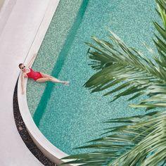 Un PARAÍSO llamado ARNÍA para recibir el verano | #WelcomeSummer #WaterMix 💚💙 𝗔 𝗣𝗔𝗥𝗔𝗗𝗜𝗦𝗘 𝗰𝗮𝗹𝗹𝗲𝗱 𝗔𝗥𝗡𝗜𝗔 𝘁𝗼 𝘄𝗲𝗹𝗰𝗼𝗺𝗲 𝘁𝗵𝗲 𝘀𝘂𝗺𝗺𝗲𝗿 | #𝗪𝗲𝗹𝗰𝗼𝗺𝗲𝗦𝘂𝗺𝗺𝗲𝗿 #𝗪𝗮𝘁𝗲𝗿𝗠𝗶𝘅 💚💙 #Pool #piscina #mosaic #mosaico #ExteriorDesign #ArtFactoryHisbalit #InteriorDesign #Creativity #Architecture #Colour #piscinanatural #poolconstruction #piscinasbonitas #Inspiration #Outdoordesign #hisbalit #verano #verano2021 Pool Piscina, Swimming Pools, Water, Decor, Templates, Pools, Mosaics, Summer Time, Swiming Pool
