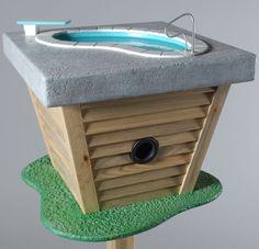 bird-house-retro-bath