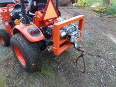 Log Drag/Log Winch Even Spooling Tips? Old Tractors, John Deere Tractors, Small Garden Tractor, Compact Tractor Attachments, Homemade Tractor, Tractor Accessories, Garden Tool Organization, Kubota Tractors, Tractor Implements
