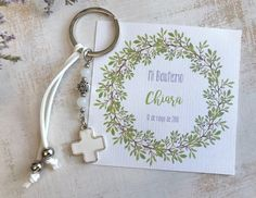 Recuerdos Primera Comunion Ideas, Crochet Keychain, Rosary Bracelet, First Communion, Cute Gifts, Diy Jewelry, Favors, Baby Shower, Diy Crafts