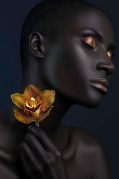 Dark Orchid, Photography by Lindsay Adler Black Women Art, Black Art, Black Gold, Skin Girl, Dark Skin Models, Lindsay Adler, Art Visage, Photo Portrait, Beauty Portrait