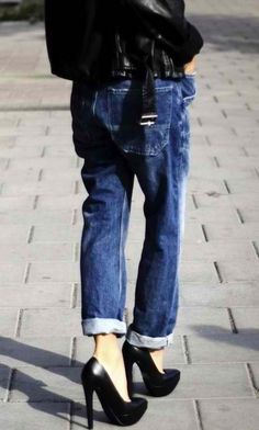 Platform pumps + boyfriend jeans.