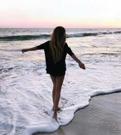 Summer Vibes :: Beach :: Friends :: Adventure :: Sun :: Salty Fun :: Blue Water :: Paradise :: Bikinis :: Boho Style :: Fashion + Outfits :: Discover more Summer Photography + Summertime Inspiration
