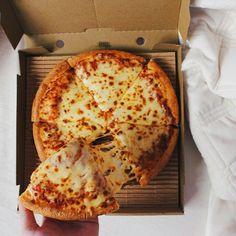 Bewitching Is Junk Food To Be Blamed Ideas. Unbelievable Is Junk Food To Be Blamed Ideas. I Love Food, Good Food, Yummy Food, Tasty, Comida Pizza, Pizza Food, Pizza Cheese, Tumblr Food, Food Goals