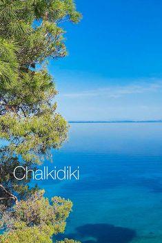 Obľúbená destinácia patrí k tým najzelenším oblastiam v Grécku. Dovolenkárov láka 550 km pobrežia s čarokrásnymi pieskovými plážami, priezračné more s azúrovými tónmi a unikátna príroda. One Moment, Bratislava, Top, Crop Shirt, Shirts