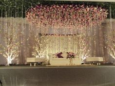 Do you need inspiration for your wedding decoration? Here we present the 40 Romantic Wedding Decoration Design. May you inspire and make wedding decorations as you wish from this article. Decoration Hall, Wedding Hall Decorations, Romantic Wedding Decor, Marriage Decoration, Engagement Party Decorations, Decoration Design, Engagement Ideas, Beautiful Decoration, Winter Engagement
