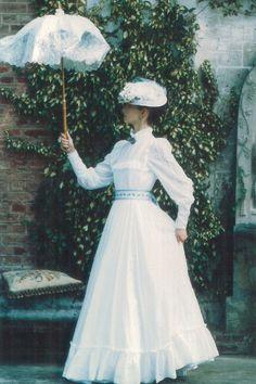 beautiful vintage dresses 1970's laura ashley - Google Search
