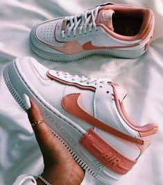 Jordan Shoes Girls, Girls Shoes, Shoes Women, Cute Sneakers, Shoes Sneakers, Adidas Shoes, Jordan Sneakers, Black Sneakers, Casual Sneakers