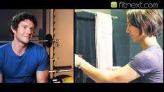 Voici des exercices simples à suivre et pourquoi certains sont importants à ajouter dans votre routine.  Dans la 1ère vidéo, vous comprendrez pourquoi les Squats vous aideront aussi à perdre le gras de bras. C'est intéressant, mais surtout bon à savoir!  Dans la 2e vidéo, vous trouverez une série de 5 exercices qui vous aideront à raffermir les épaules, les biceps et les triceps. N'oubliez pas d'inclure l'astuce de la 1ère vidéo.  Dans la 3e vidéo, 3 exercices supplémentaires pour vous…