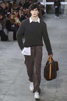 Male Fashion Trends: Louis Vuitton Fall-Winter 2017 - Paris Fashion Week